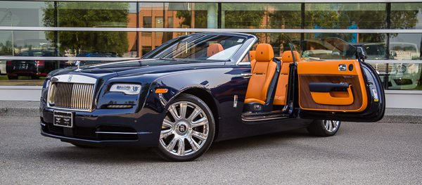 Luxury Car Image #6